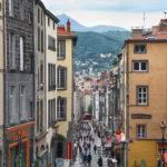 De gezellige binnenstad van Clermont-Ferrand